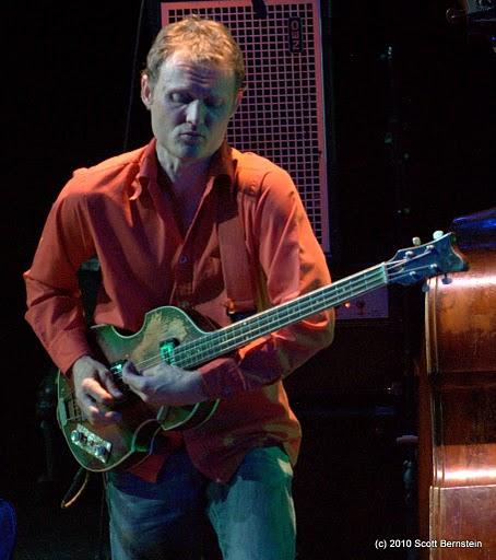 Chris Wood 2010-11-14 @Tarrytown Music Hall, Tarrytown, NY