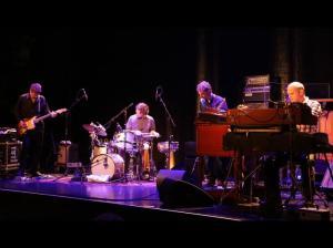 Jazz Fabrik Medeski, Martin & Wood feat. Nels Cline