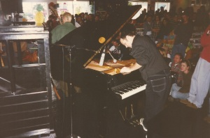 Medeski 1996-11-26 @Waterloo Records, Austin, TX
